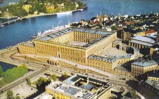 Före Stockholms Undergång  Kungl._slottet_från_ovan_2