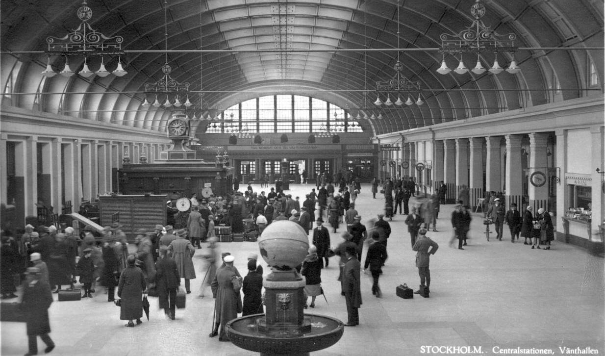 Före stockholms undergång  Stockholms_centralstation_jarnvag_vanthallen_vykort